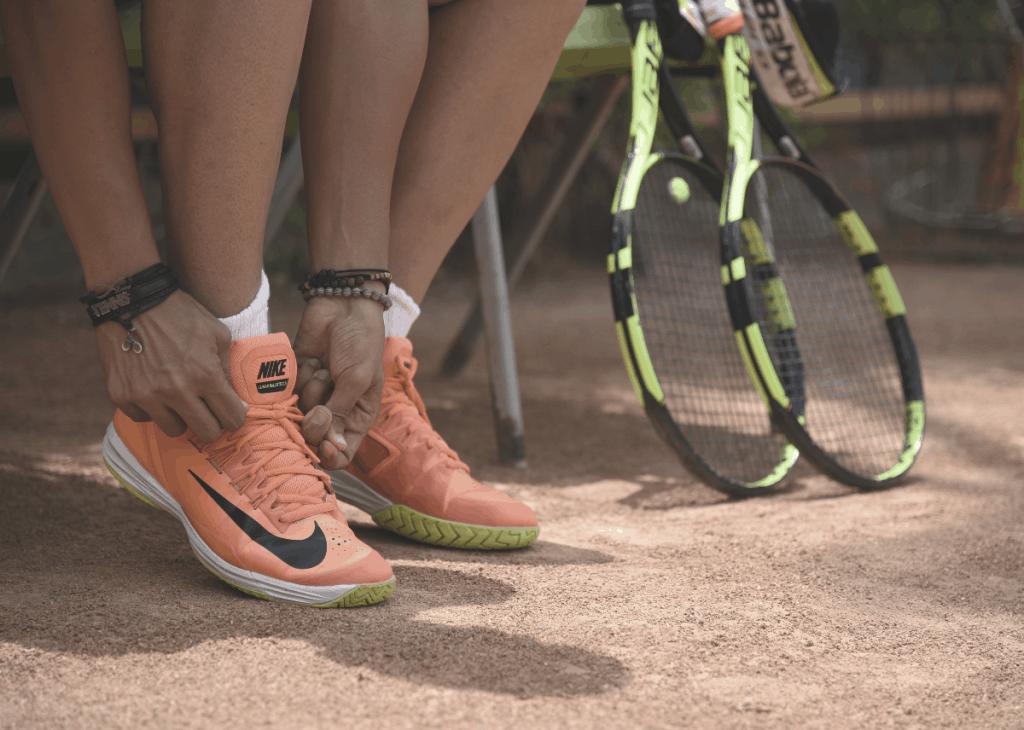 strängningen tennisracket